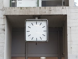 Hight time! (clock in Louvain-la-Neuve)